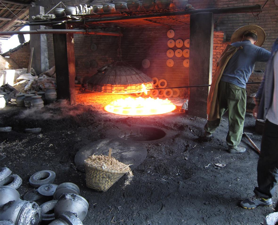 Firing pottery in Sichuan, China